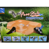 Video: Freestyle Competition Playset - Cruiser Toys